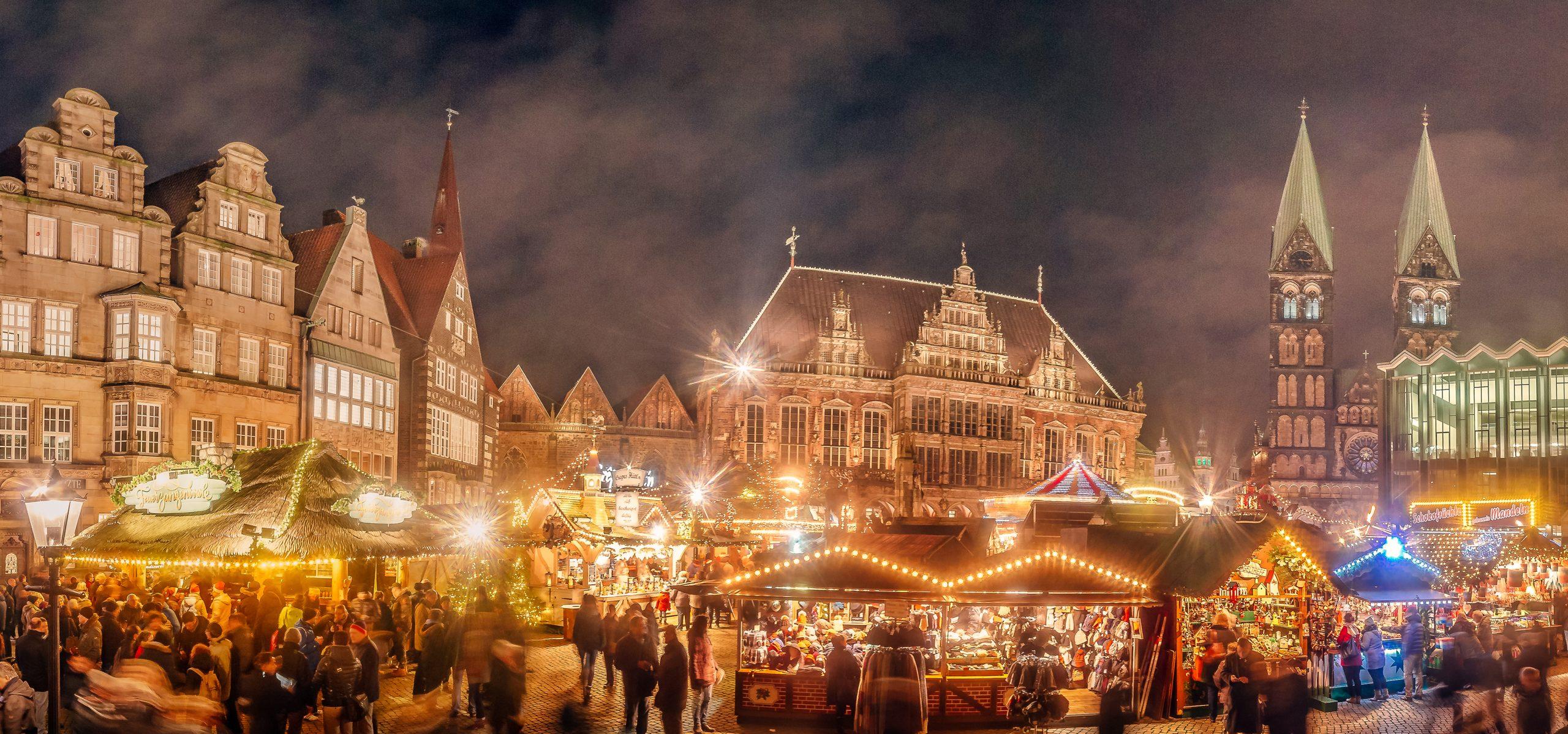 Der Bremer Weihnachtsmarkt auf dem Marktplatz.